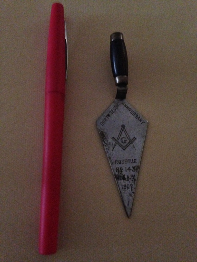 Masonic Trowel Full View